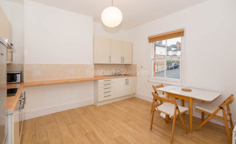 1 bedroom(s) flat to rent in Whitehall Park, Archway, N19-image 5