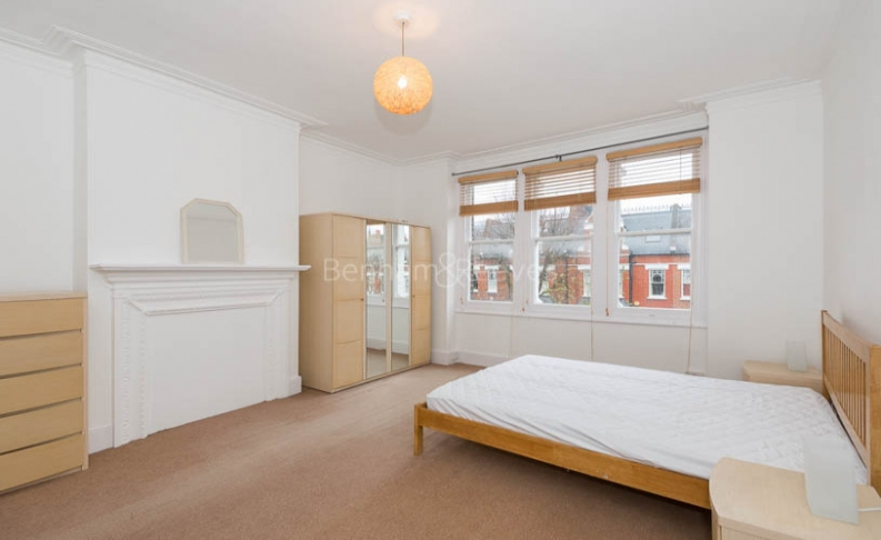 1 bedroom(s) flat to rent in Whitehall Park, Archway, N19-image 8