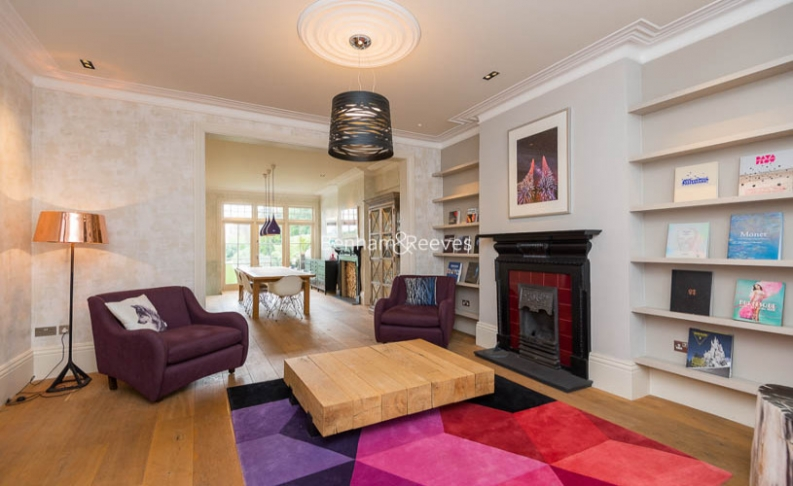 5 bedroom(s) house to rent in Muswell Hill Road, Highgate, N10-image 2
