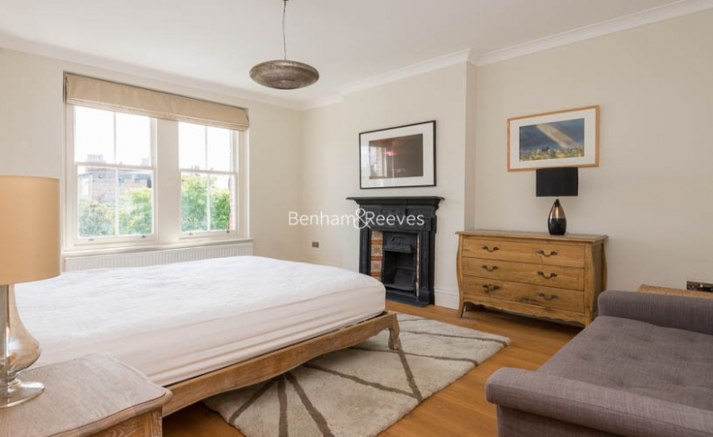 5 bedroom(s) house to rent in Muswell Hill Road, Highgate, N10-image 16