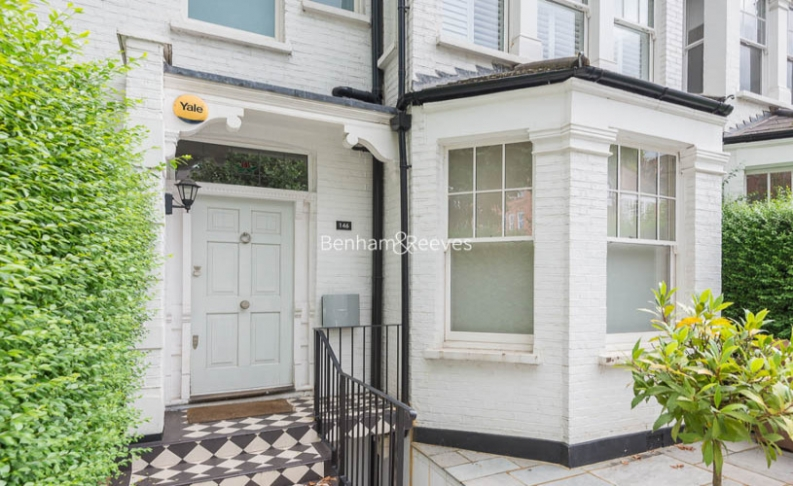 5 bedroom(s) house to rent in Muswell Hill Road, Highgate, N10-image 19