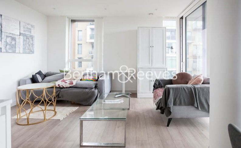 2 bedroom(s) flat to rent in Woodberry Park development, Highgate, N4-image 1