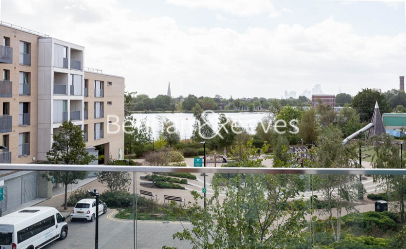 2 bedroom(s) flat to rent in Woodberry Park development, Highgate, N4-image 5