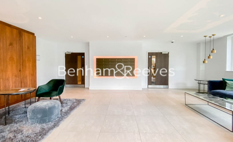 2 bedroom(s) flat to rent in Woodberry Park development, Highgate, N4-image 6