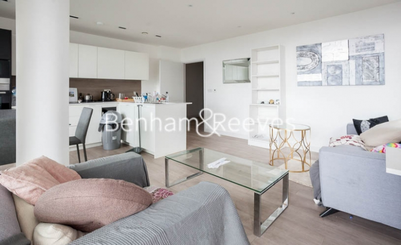 2 bedroom(s) flat to rent in Woodberry Park development, Highgate, N4-image 7