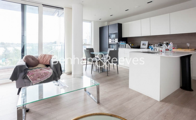 2 bedroom(s) flat to rent in Woodberry Park development, Highgate, N4-image 11