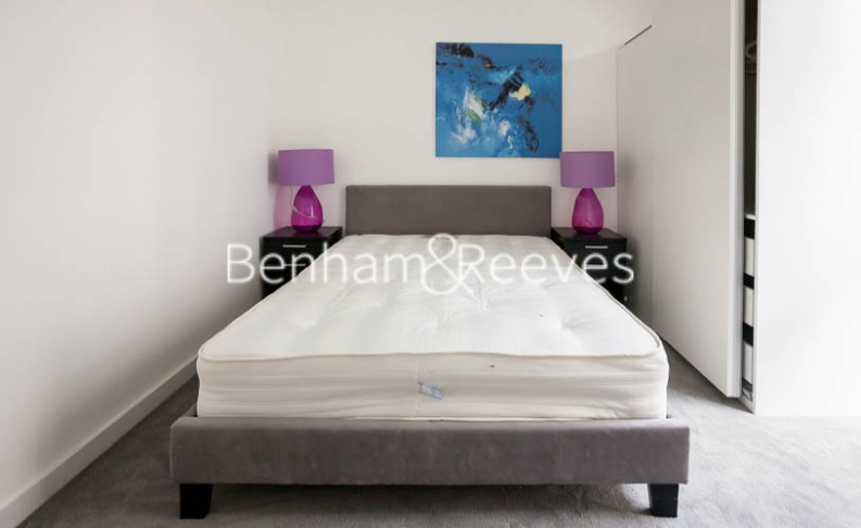 2 bedroom(s) flat to rent in Woodberry Park development, Highgate, N4-image 12