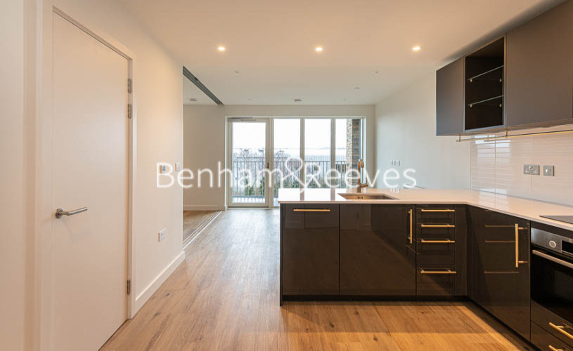 1 bedroom(s) flat to rent in Mary Neuner Road, Highgate N8-image 9