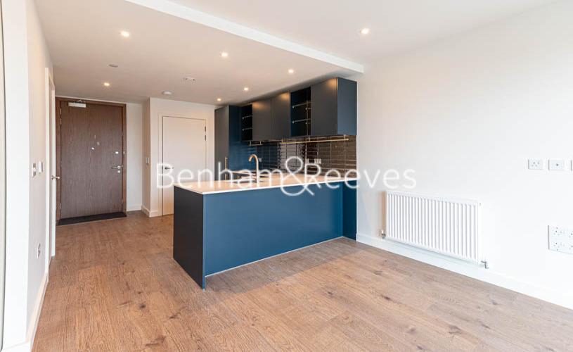 1 bedroom(s) flat to rent in Alington House , Mary Neuner Road, N8-image 9