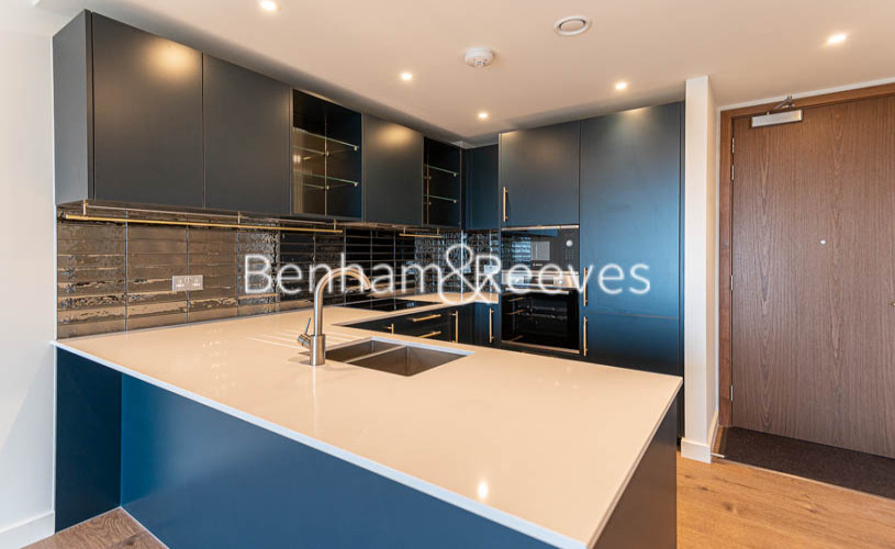 1 bedroom(s) flat to rent in Alington House , Mary Neuner Road, N8-image 13