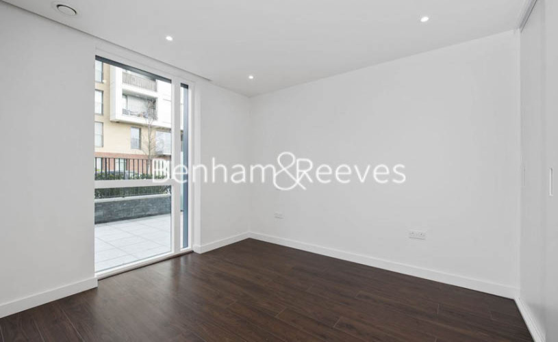 1 bedroom(s) flat to rent in The Parkhouse, Woodberry Park N4-image 8