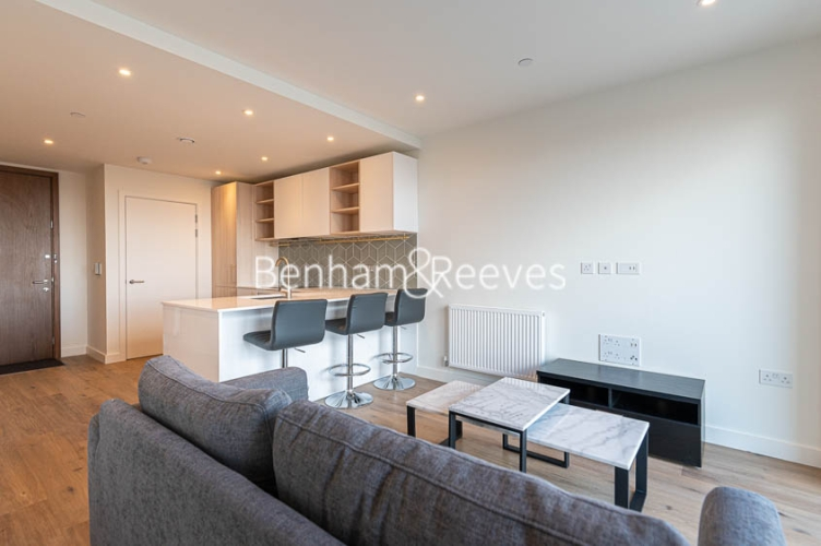 1 bedroom(s) flat to rent in Mary Neuner Road, Highgate,N8-image 8
