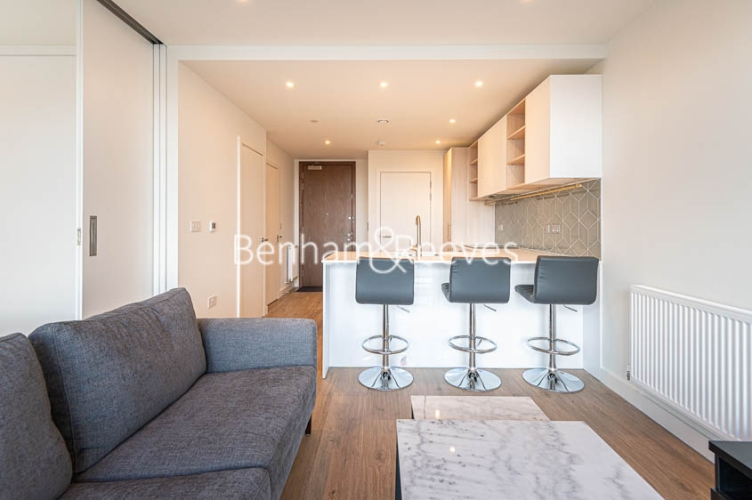 1 bedroom(s) flat to rent in Mary Neuner Road, Highgate,N8-image 9