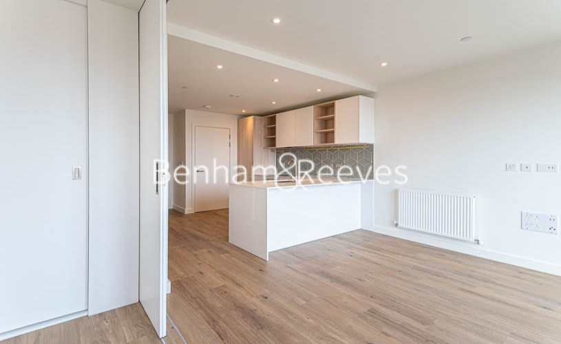1 bedroom(s) flat to rent in Mary Neuner Road, Highgate,N8-image 12
