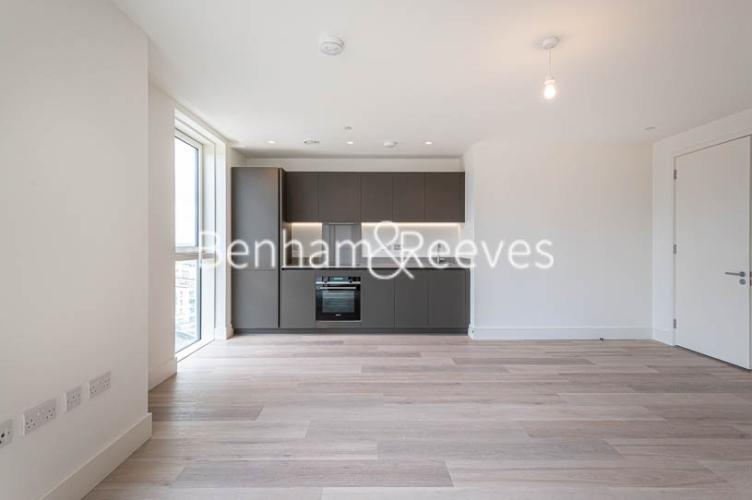 1 bedroom(s) flat to rent in Daneland Walk, Highgate, N17-image 6