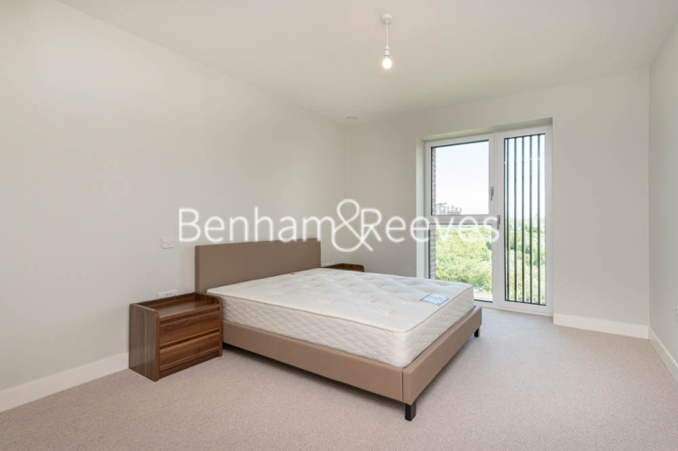 1 bedroom(s) flat to rent in Navigation Point, Ferry Lane, N17-image 3