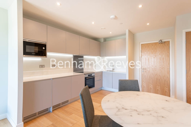 1 bedroom(s) flat to rent in Navigation Point, Ferry Lane, N17-image 7