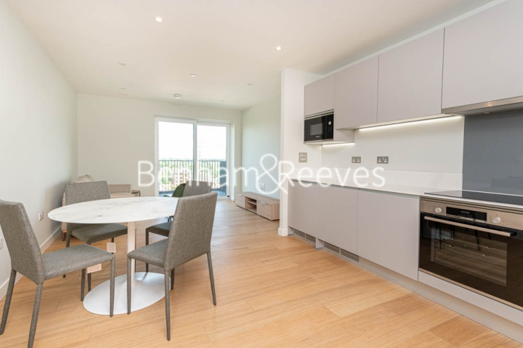 1 bedroom(s) flat to rent in Navigation Point, Ferry Lane, N17-image 11