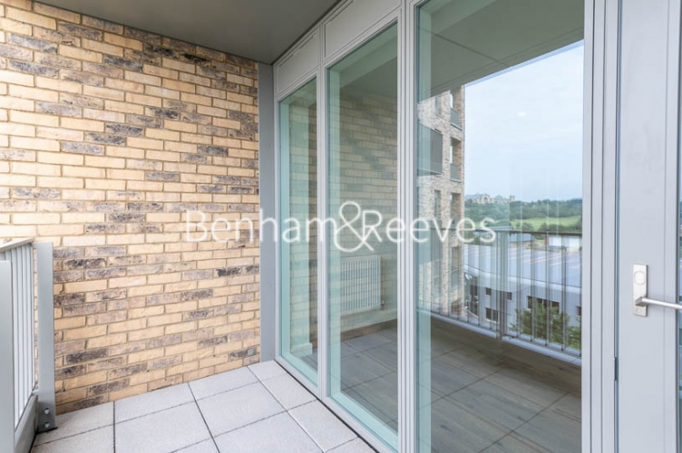 1 bedroom(s) flat to rent in Mary Neuner Road,Highgate,N8-image 8
