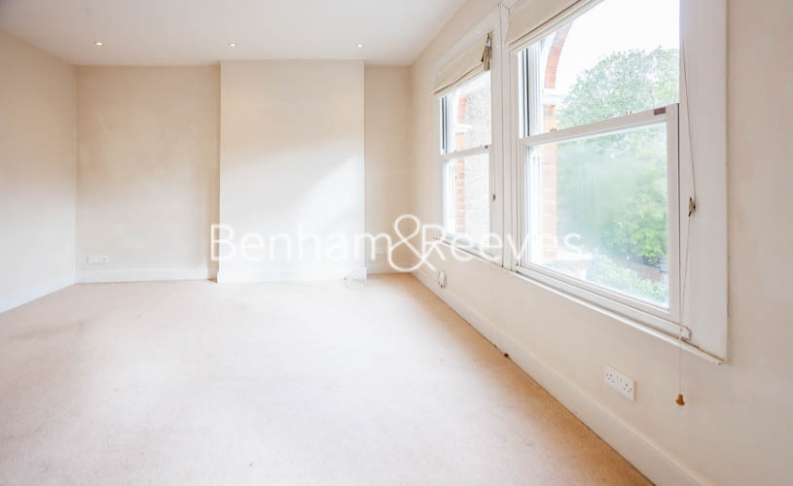 1 bedroom(s) flat to rent in Causton Road, Highgate, N6-image 9