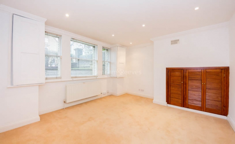 4 bedroom(s) flat to rent in Hampstead Lane, Highgate, N6-image 5