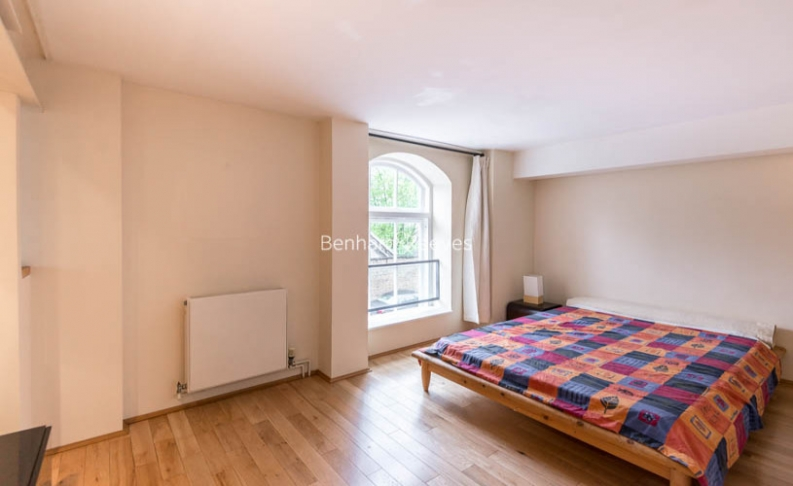 1 bedroom(s) flat to rent in Highgate Hill, Archway, N19-image 4