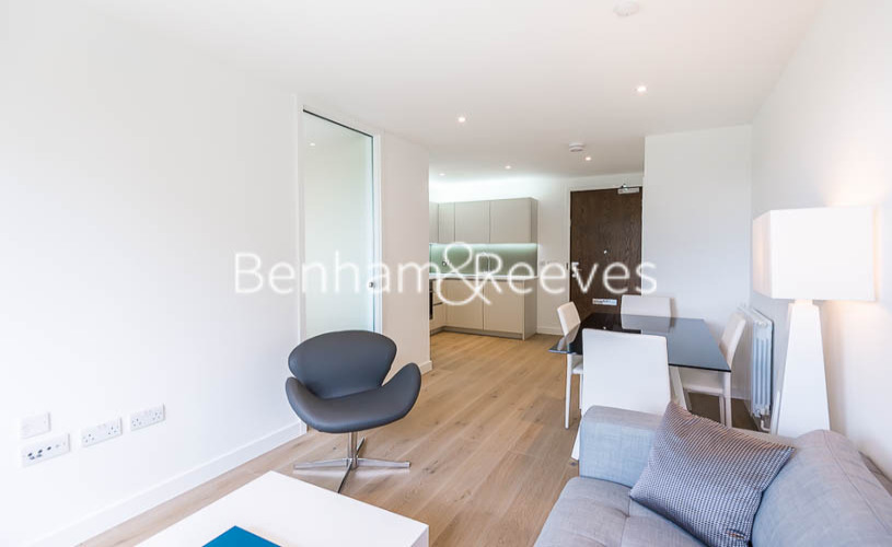1 bedroom(s) flat to rent in Maltby House, Kidbrook Village, SE3-image 1