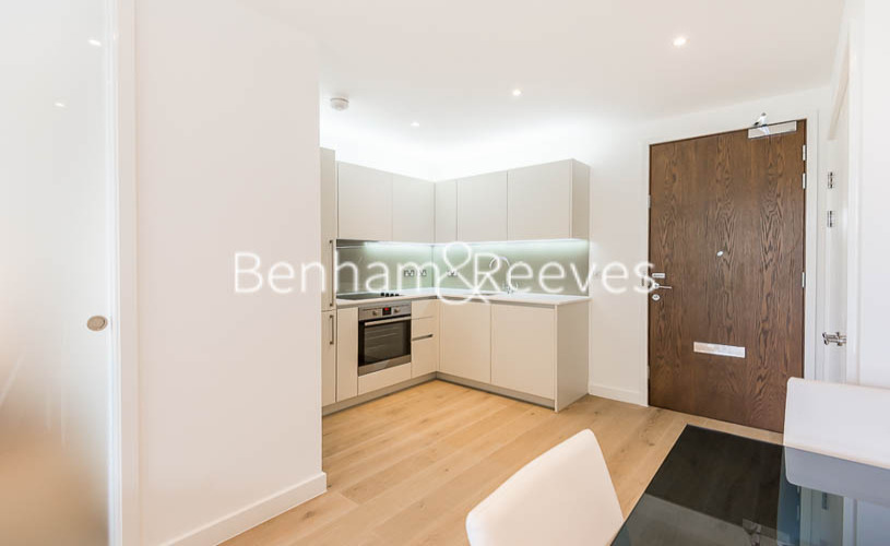 1 bedroom(s) flat to rent in Maltby House, Kidbrook Village, SE3-image 2