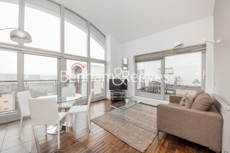 2 bedroom(s) flat to rent in John Harrison Way, North Greenwich, SE10-image 1