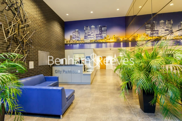 2 bedroom(s) flat to rent in Barge Walk, Woolwich, SE10-image 8
