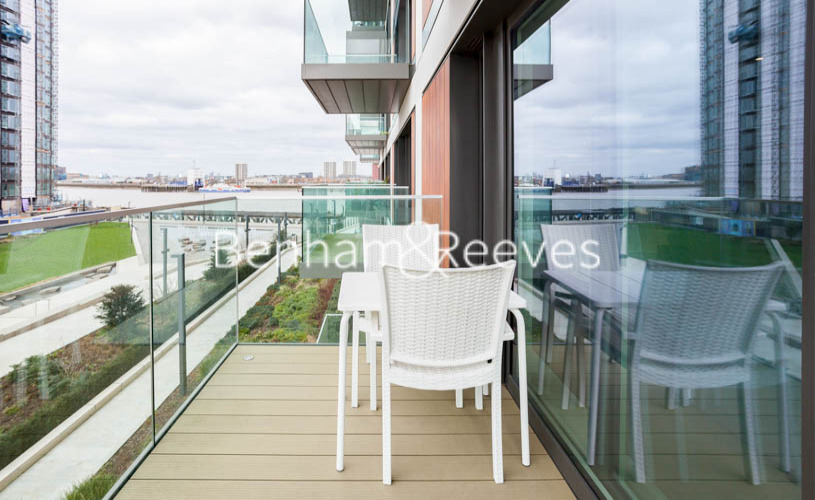 1 bedroom(s) flat to rent in Judde House, Woolwich,SE18-image 5