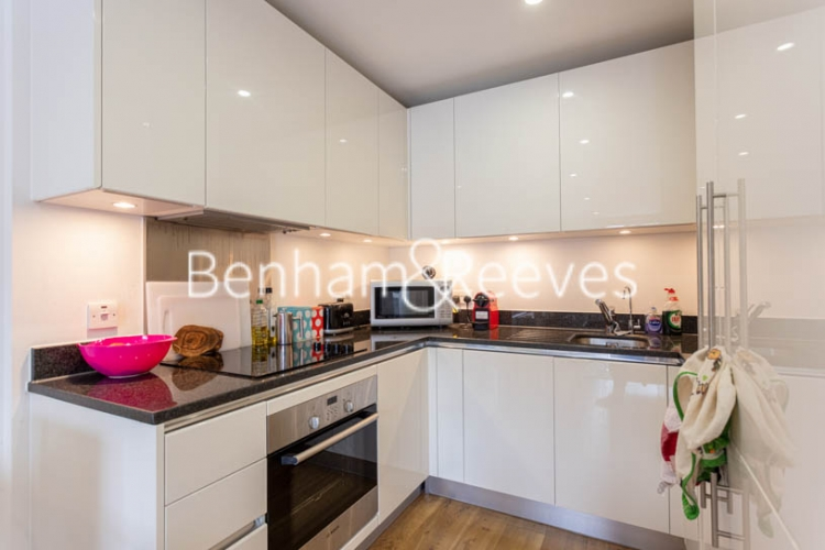 2 bedroom(s) flat to rent in Royal Arsenal Riverside, Woolwich, SE18-image 8
