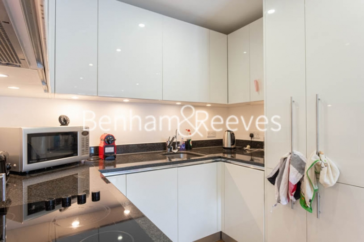 2 bedroom(s) flat to rent in Royal Arsenal Riverside, Woolwich, SE18-image 14