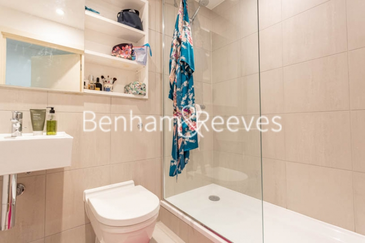 2 bedroom(s) flat to rent in Royal Arsenal Riverside, Woolwich, SE18-image 16