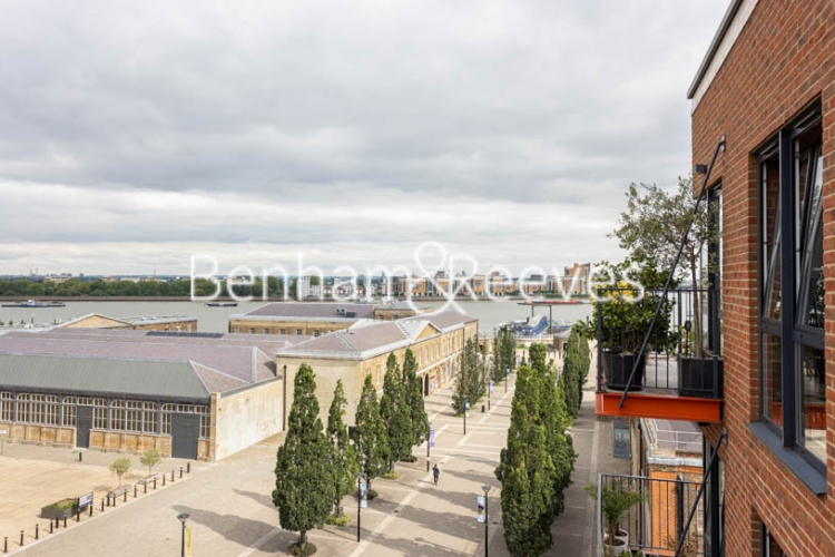 2 bedroom(s) flat to rent in Royal Arsenal Riverside, Woolwich, SE18-image 17