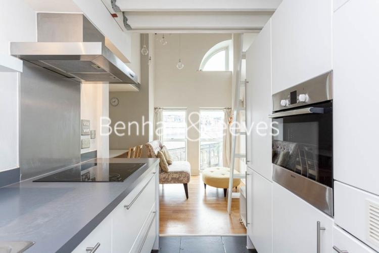 1 bedroom(s) flat to rent in Cadogan Road, Royal Arsenal Riverside, SE18-image 2