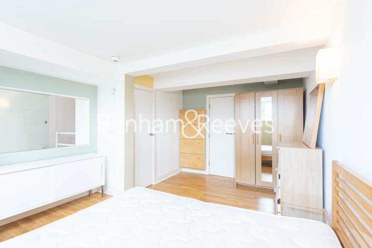 1 bedroom(s) flat to rent in Cadogan Road, Royal Arsenal Riverside, SE18-image 13