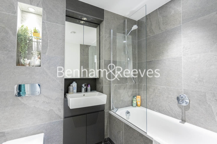 1 bedroom(s) flat to rent in 107 Woolwich High Street, Woolwich, SE18-image 4