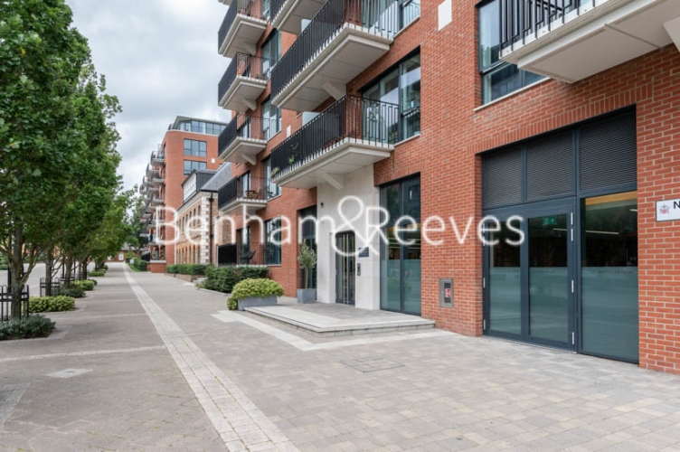 2 bedroom(s) flat to rent in Royal Arsenal Riverside, Woolwich, SE18-image 6
