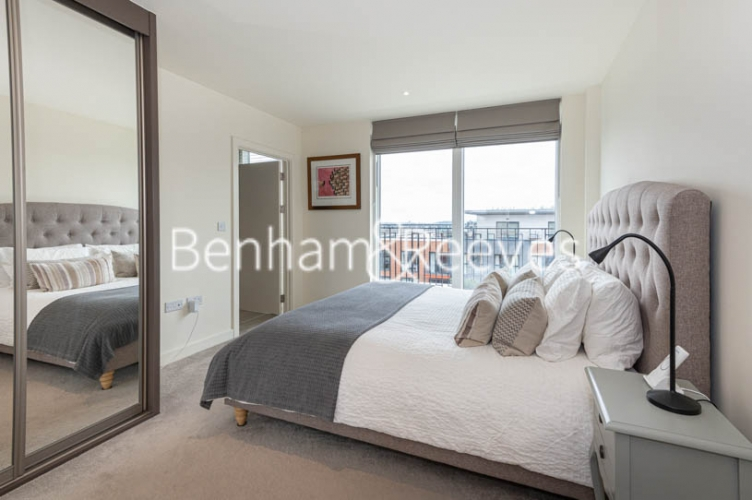 2 bedroom(s) flat to rent in Royal Arsenal Riverside, Woolwich, SE18-image 9