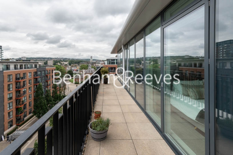 2 bedroom(s) flat to rent in Royal Arsenal Riverside, Woolwich, SE18-image 11