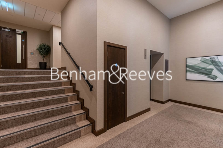 2 bedroom(s) flat to rent in Royal Arsenal Riverside, Woolwich, SE18-image 20