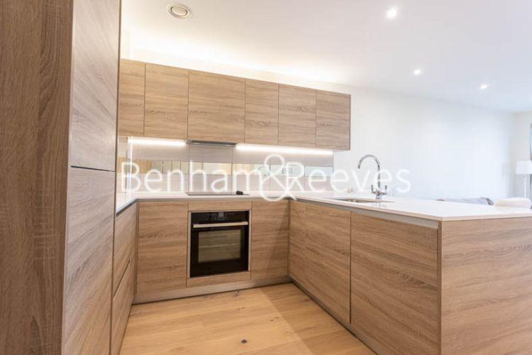 1 bedroom(s) flat to rent in Duke of Wellington Avenue, Woolwich, SE18-image 2