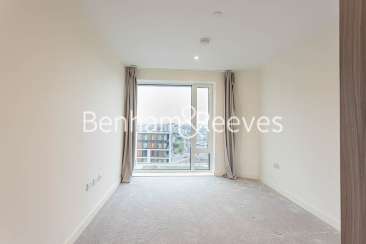 1 bedroom(s) flat to rent in Duke of Wellington Avenue, Woolwich, SE18-image 3