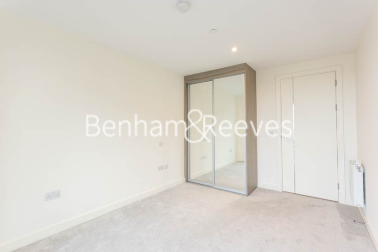 1 bedroom(s) flat to rent in Duke of Wellington Avenue, Woolwich, SE18-image 14