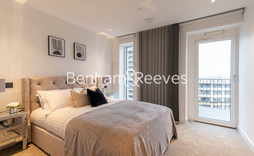 2 bedroom(s) flat to rent in Belvedere Row, White City W12-image 4
