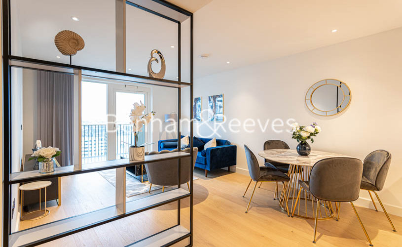 2 bedroom(s) flat to rent in Belvedere Row, White City W12-image 9