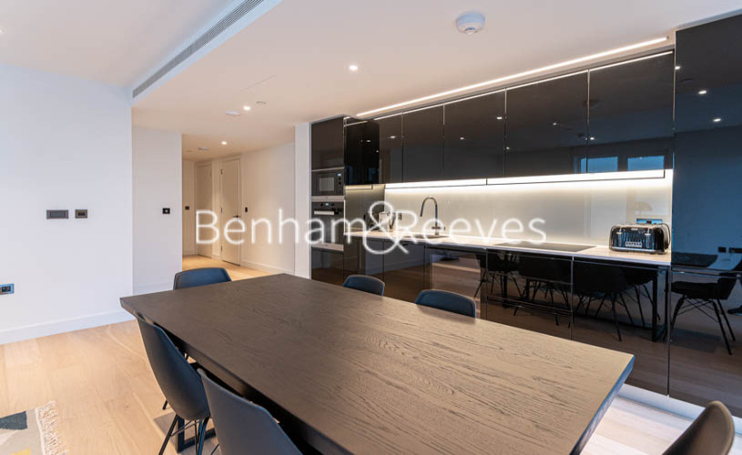 2 bedroom(s) flat to rent in Lincoln Apartments, White City W12-image 2