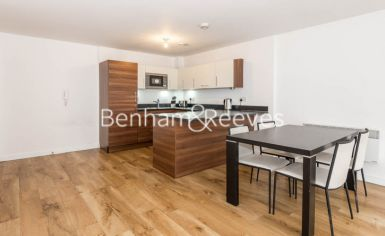 1 bedroom(s) flat to rent in Park Lodge Avenue, West Drayton, UB7-image 2
