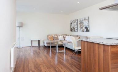 2 bedroom(s) flat to rent in Bromyard Avenue, Acton, W3-image 2